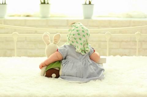 baby-behind-1767804_1280.jpg