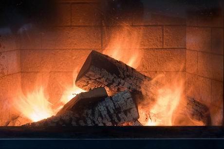 fireplace-3996248_960_720.jpg